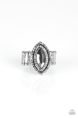 Paparazzi Modern Millionaire - Silver Ring