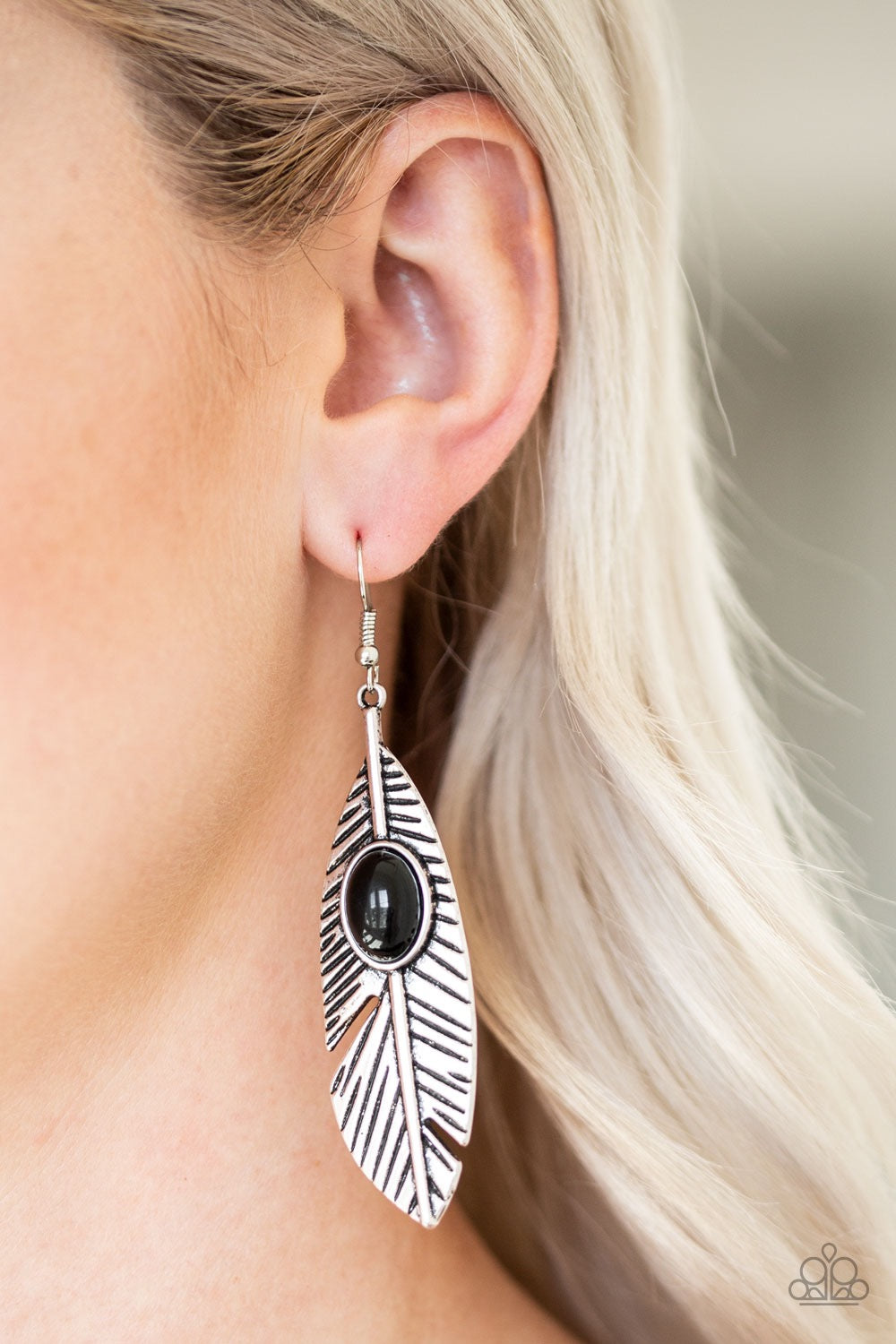 Paparazzi Quill Thrill - Black Earrings