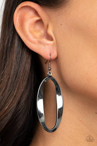 Paparazzi OVAL My Head - Black Earrings