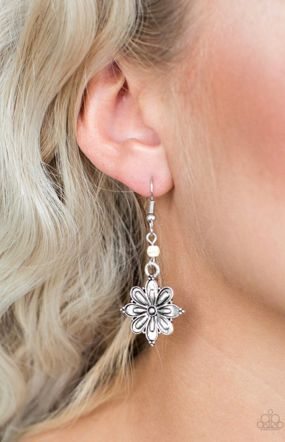 Paparazzi Cactus Blossom - White Earrings