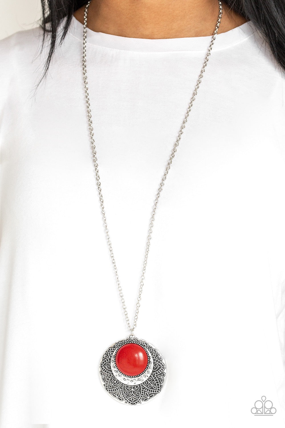 Paparazzi Medallion Meadow - Red Necklace