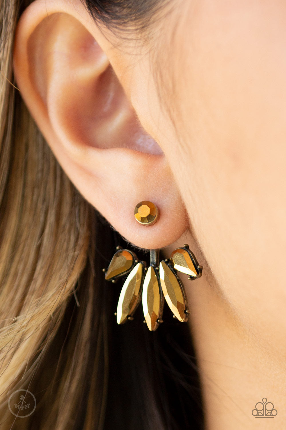 Paparazzi Stunningly Striking - Brass Earrings