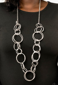 Paparazzi Natural-Born RINGLEADER - Silver Necklace