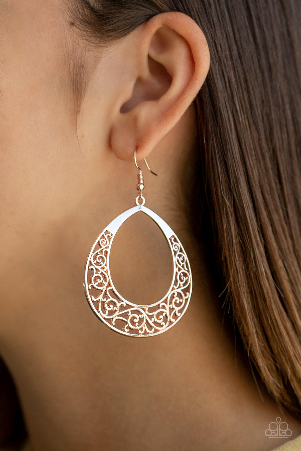 Paparazzi Vineyard Venture - Rose Gold Earrings