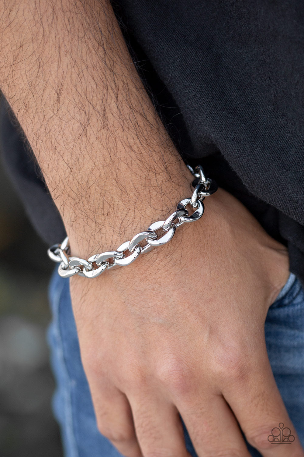 Paparazzi Step It Up - Silver Bracelet