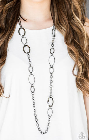 Paparazzi Chain Cadence - Black Necklace
