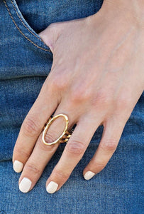 Paparazzi Center Chic Gold Ring