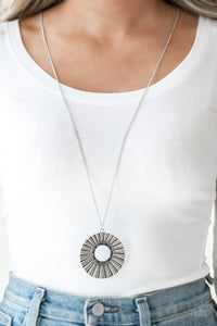 Paparazzi Chicly Centered Multi Necklace