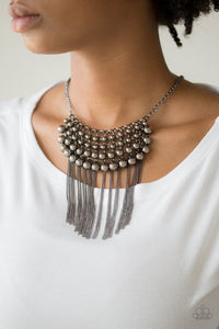 Paparazzi DIVA-de and Rule - Black Necklace