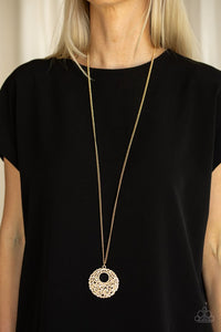Paparazzi Pearl Panache Gold Necklace