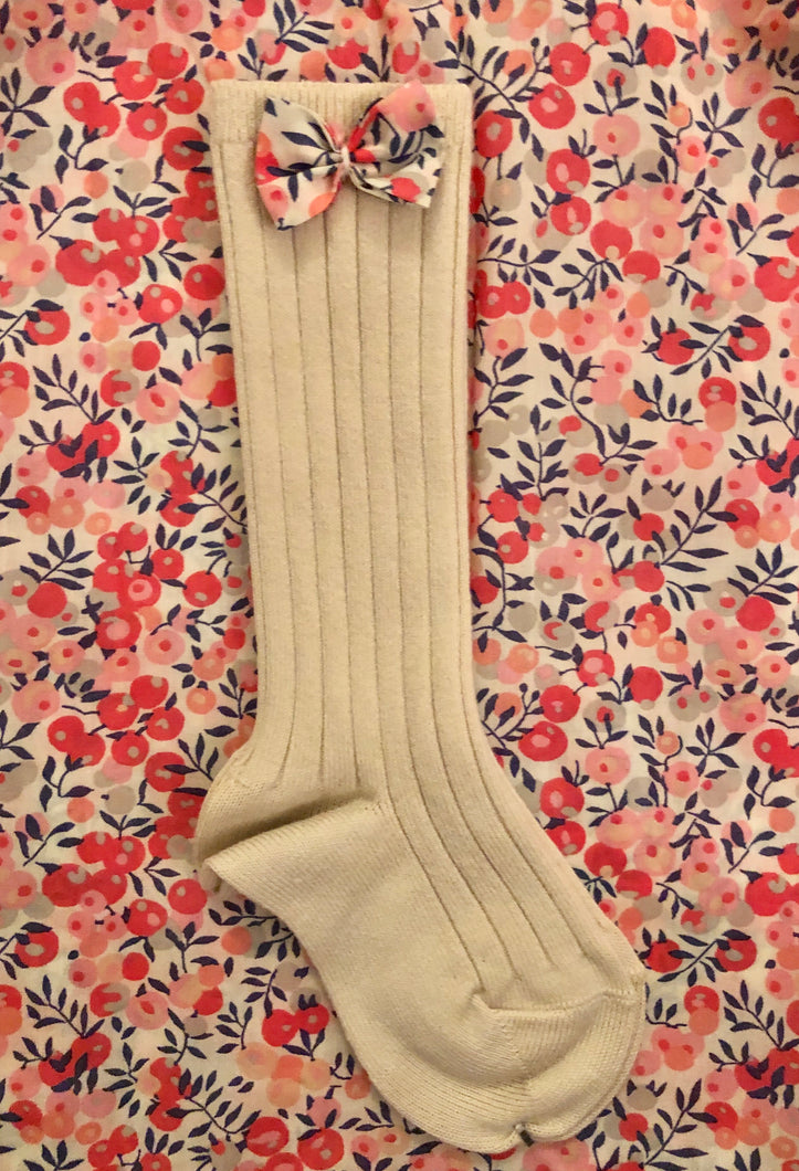 Livvy Buttermilk/Wiltshire Berry Bow Knee Socks