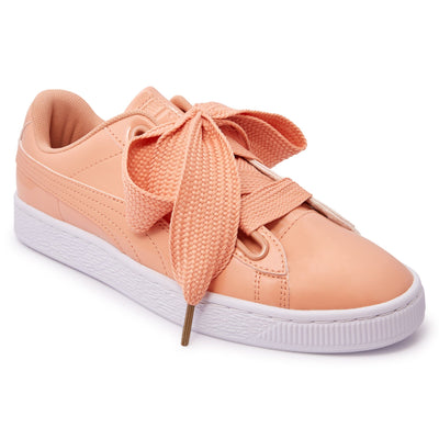 huge selection of 15785 7ff4a Puma Women's Basket Heart Patent - Coral