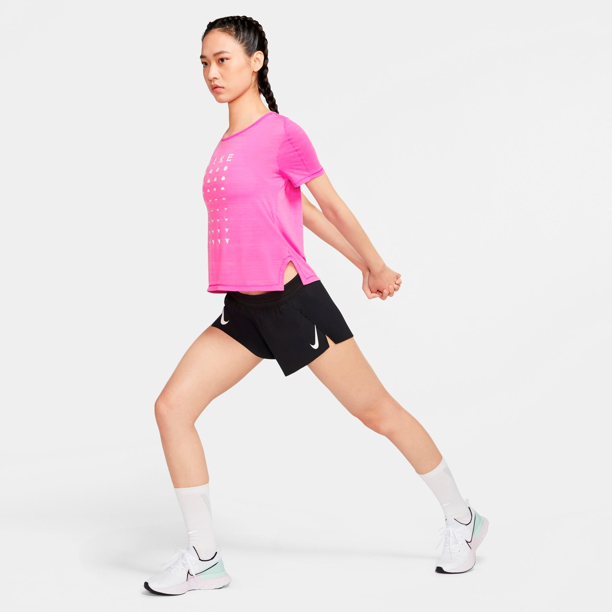 Nike Womens Icon Clash Short-Sleeve Running Top - Fire Pink/Htr/Magic Flamingo/White SP-ApparelTees-Womens Nike