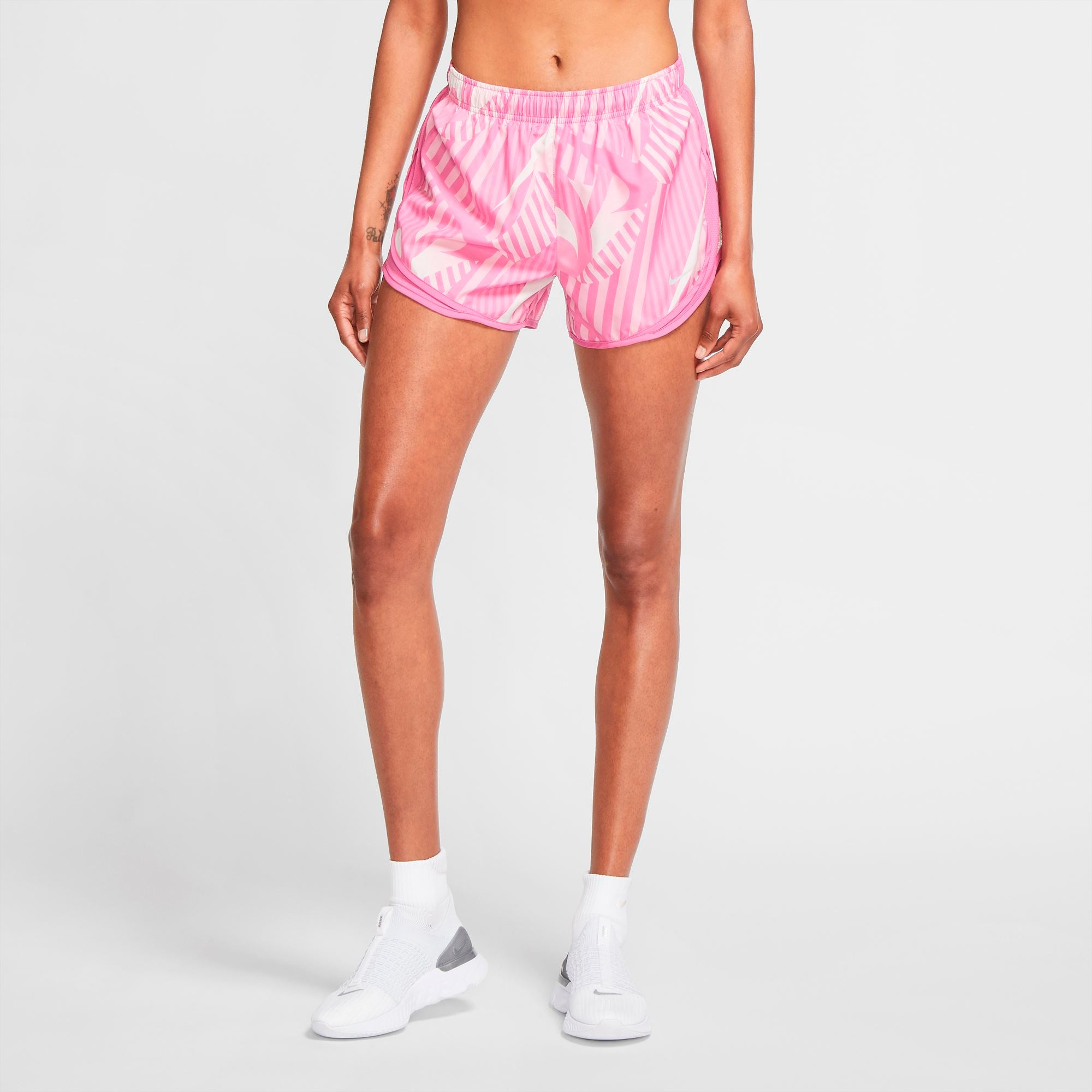 Nike Womens Tempo Printed Shorts - Cosmic Fuchsia/Wolf Grey SP-ApparelShorts-Womens Nike