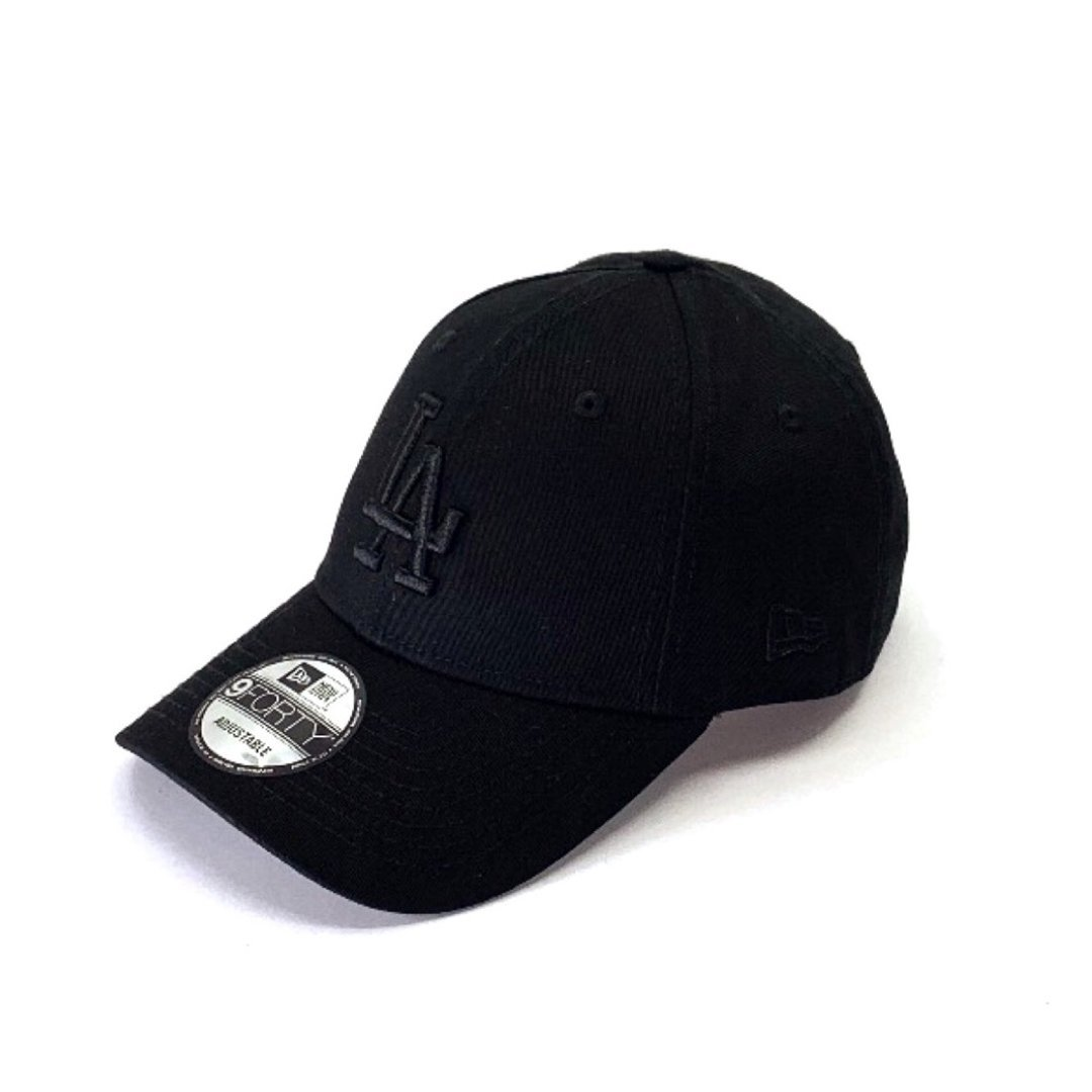 Los Angeles Dodgers Black on Black 9FORTY Hats New Era