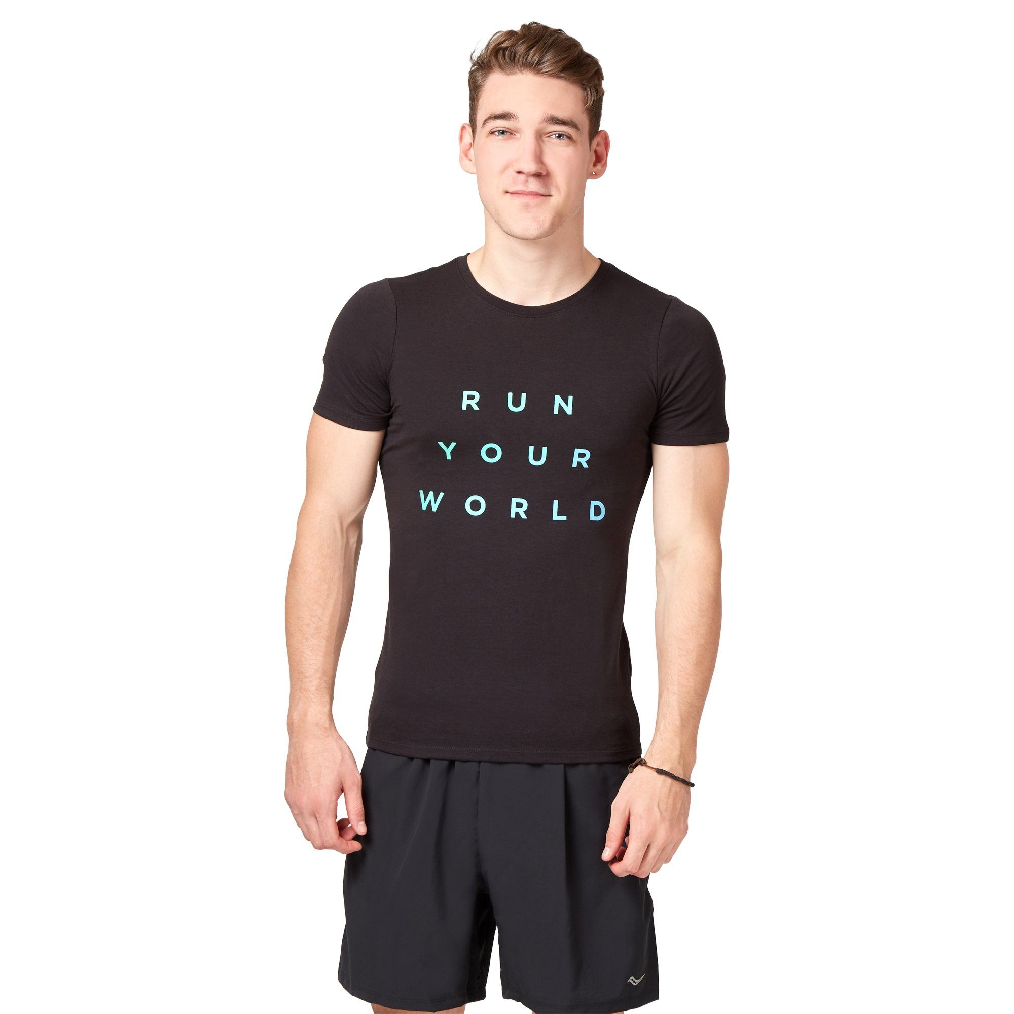 Saucony Run Your World Men's GA Tee - Black Apparel Saucony