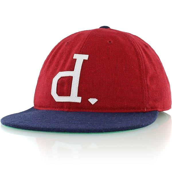 DIAMOND SUPPLY CO UN POLO FITTED CAP - RED