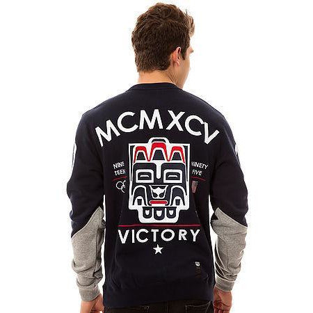 10 DEEP VCTRY GAME CREWNECK SWEATSHIRT - NAVY