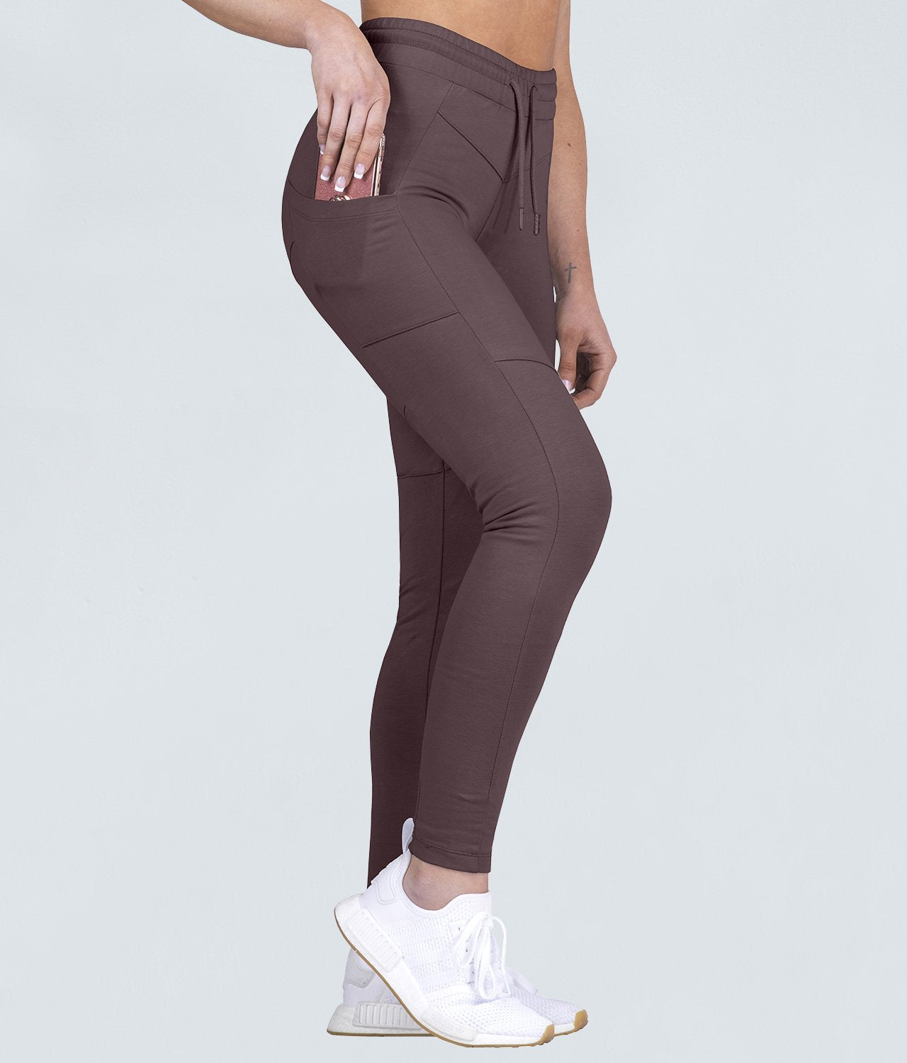 Born Tough Contoured Contoured Fit Ash Brown Gym Workout Tracksuit Jogger Leggings for Women
