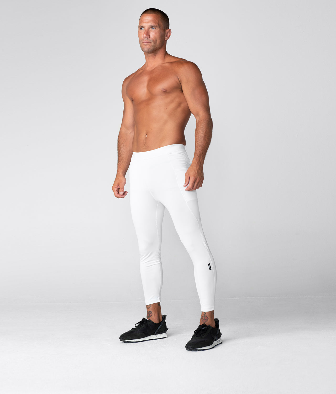 Born Tough Side Pockets Compression Gravity Pocket Gym Workout Pants For Men White
