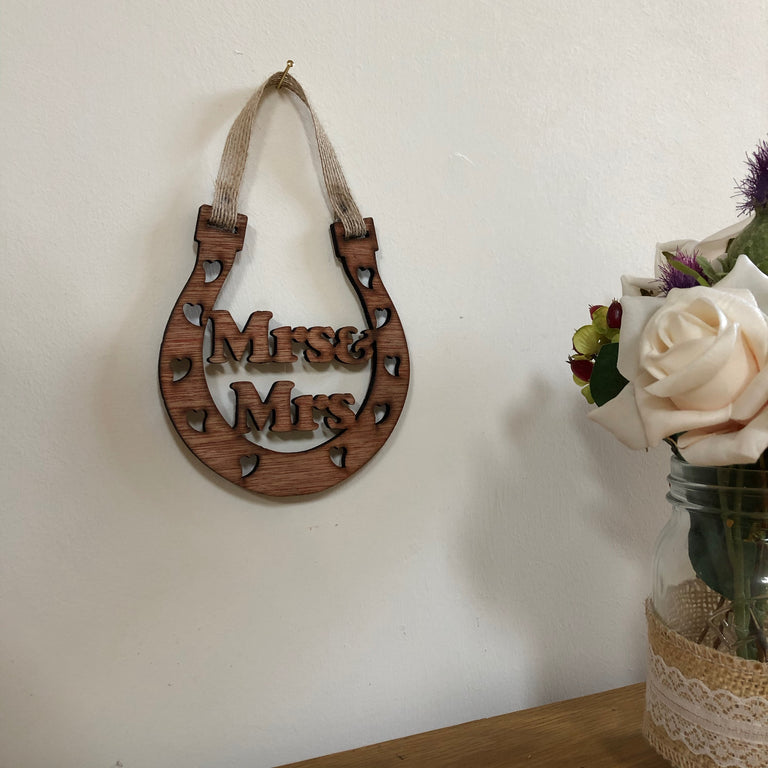 Wooden horseshoe - wedding - Mrs & Mrs - hanging