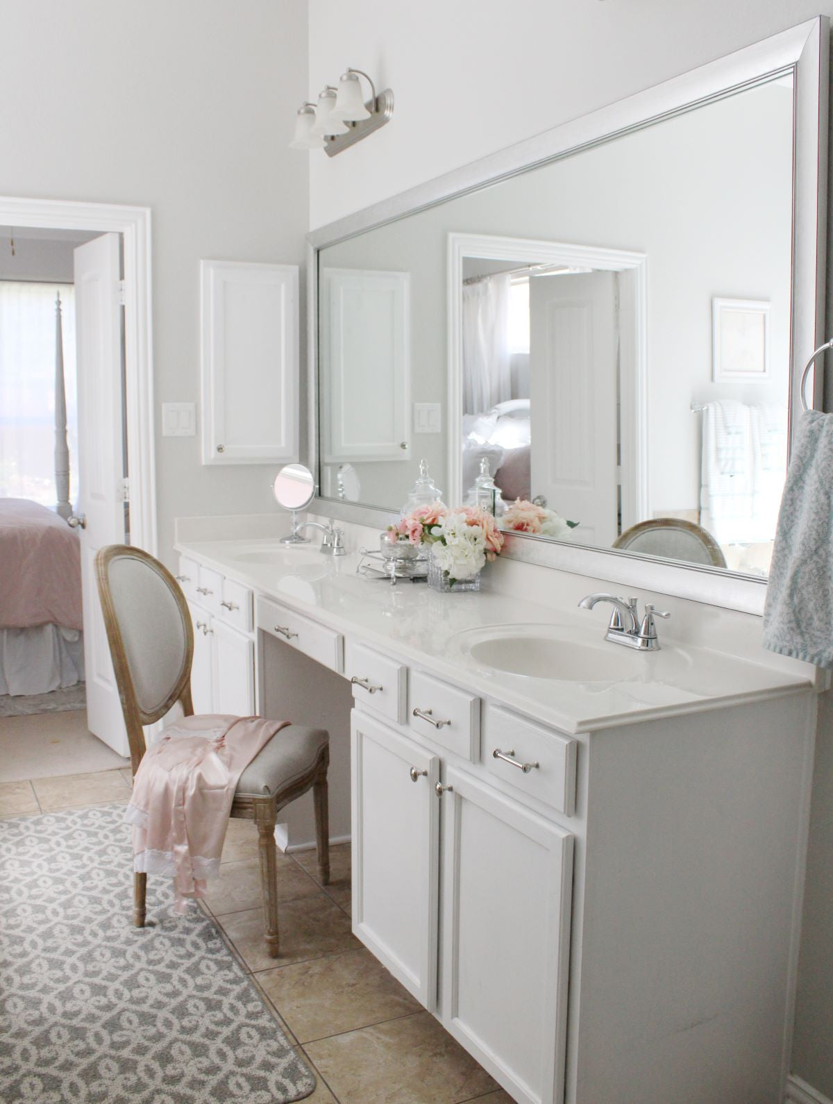 Double Sink Vanity with Mirror Frame