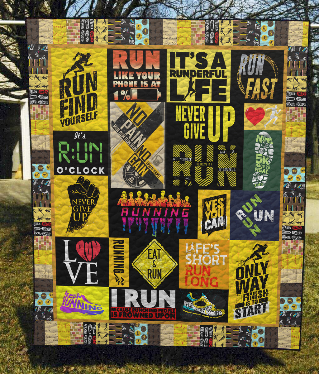 Run Find Yourself - Quilt Blanket