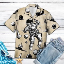 Load image into Gallery viewer, Awesome Astronaut G5715 - Hawaii Shirt