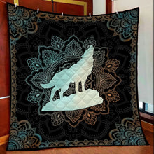 Load image into Gallery viewer, Wolf Mandala H3812 - Quilt Blanket