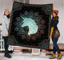 Load image into Gallery viewer, Unicorn Mandala H3815 - Quilt Blanket