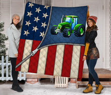 Load image into Gallery viewer, US Flap Zipper Green Tractor G5804 - Quilt Blanket