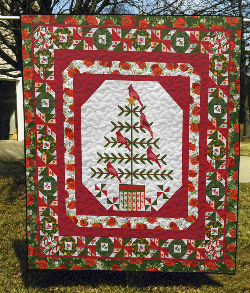 Cardinal Christmas - Quilt Blanket