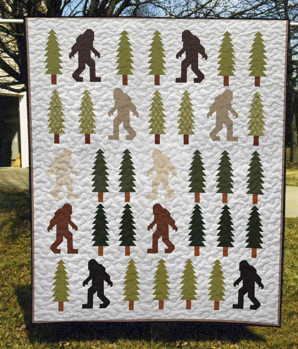 Bigfoot In The Wild - Quilt Blanket