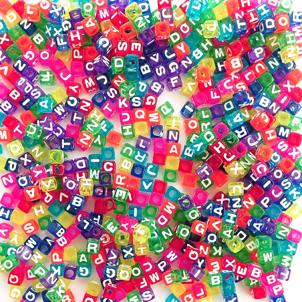 7mm plastic colored cube alphabet letter beads