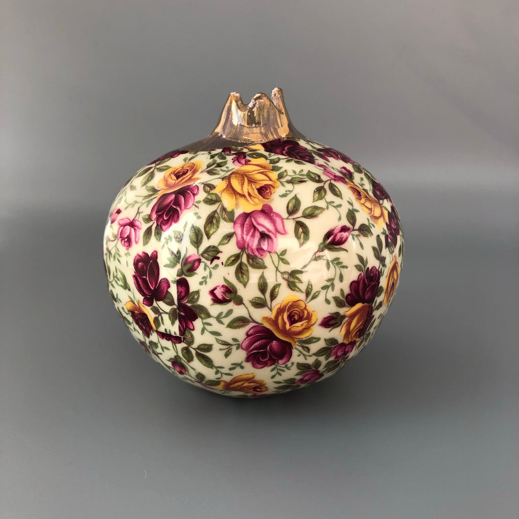 Decorative Handmade Ceramic Pomegranate for Yalda