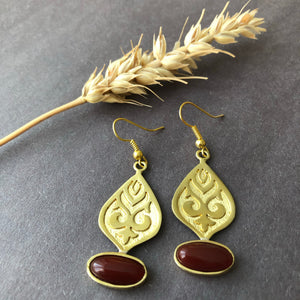 Persian Teardrop-shaped Set with Brown Agate: Persian jewelry-Afra art gallery