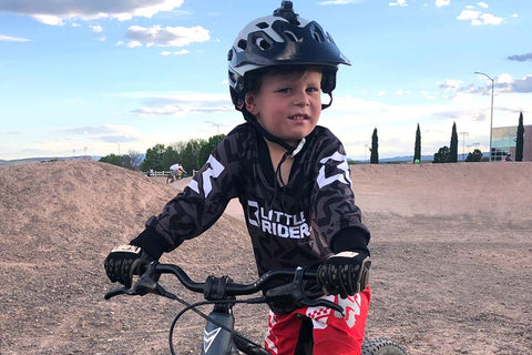 little rider jersey in action