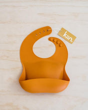 Load image into Gallery viewer, Kiin Silicone Bib - Copper