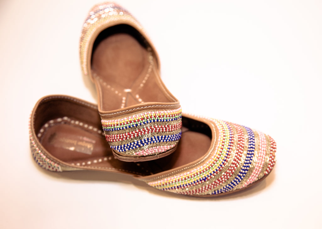EMBROIDERED RAINBOW MOJRI (FLATS)