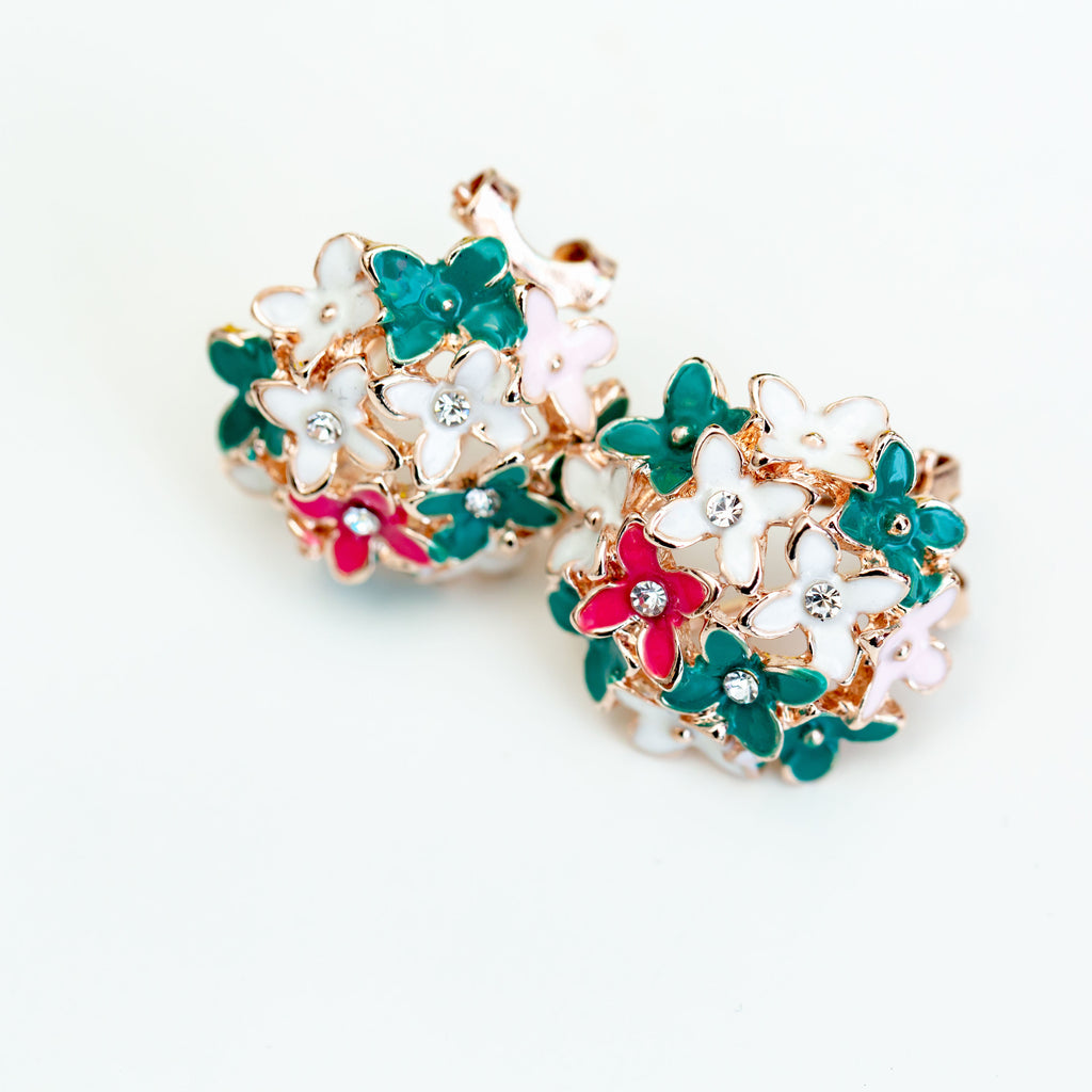 FLOWER EARRINGS - chique boutique