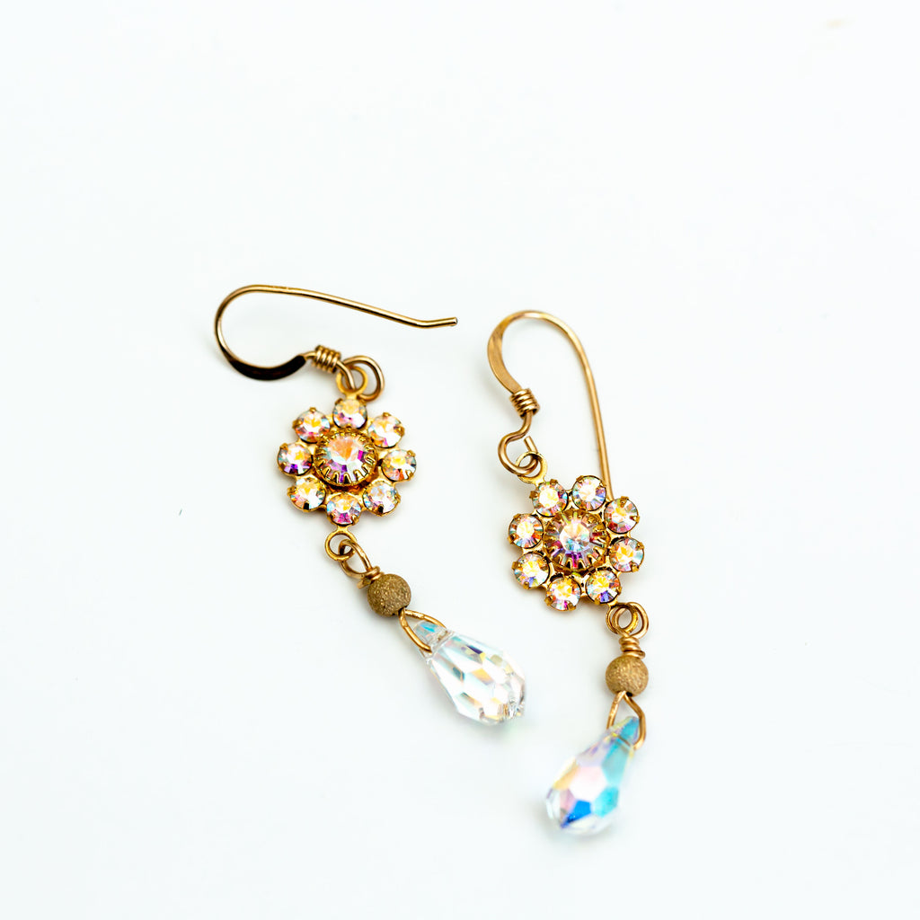 CRYSTAL DROP EARRINGS - chique boutique