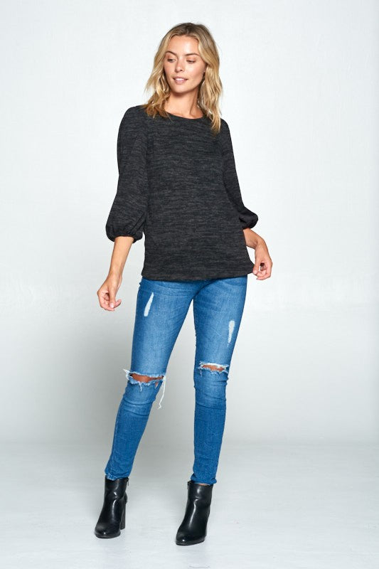 SCOOP NECK TOP WITH 3/4 PUFF SLEEVE