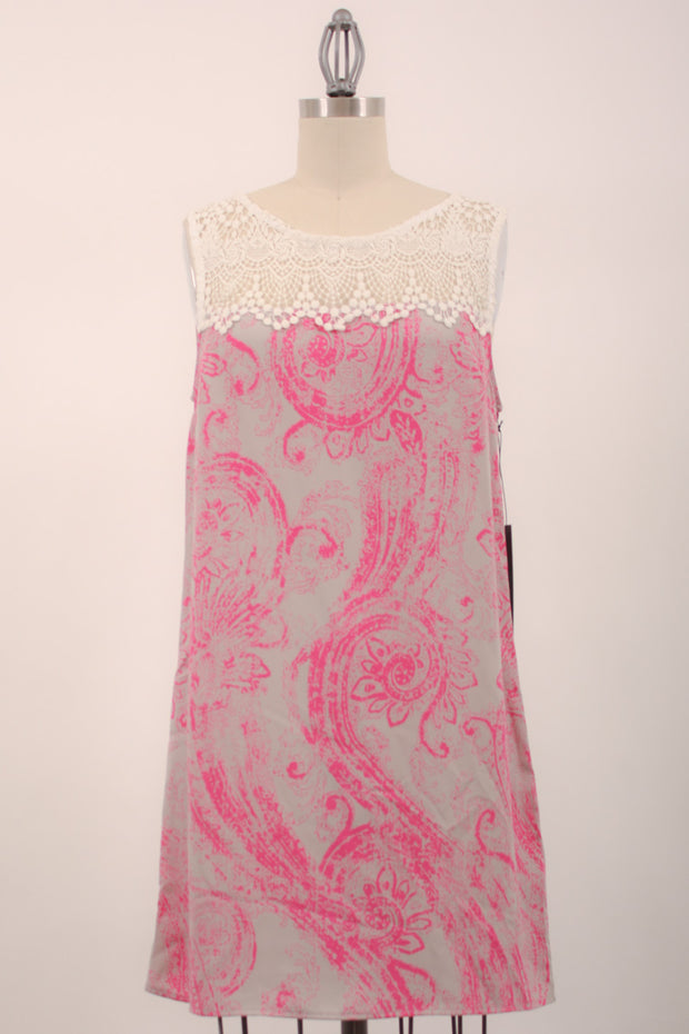PRINTED SHIFT DRESS WITH LACE DETAIL