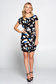 ABSTRACT PRINT DRESS WITH WAIST TIE