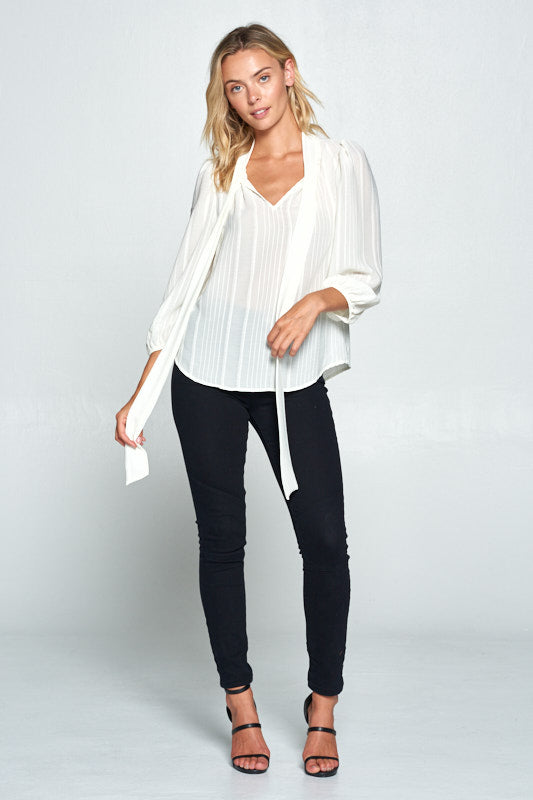 IVORY 3/4 SLEEVE TOP WITH FRONT NECK TIE