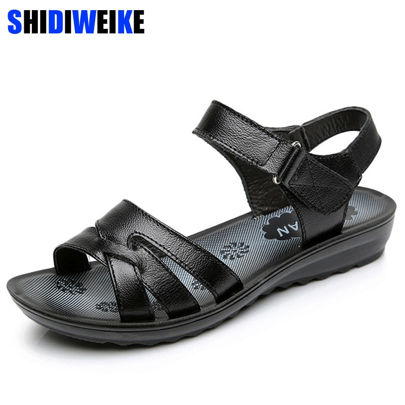 Women Genuine Leather Sandals Vintage Ladies Flat Sandals Ankle Strap Fashion Casual Platforms Soft Shoes