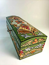 Load image into Gallery viewer, Green Medium Hand Painted 3D Jewelry Box - Gift idea