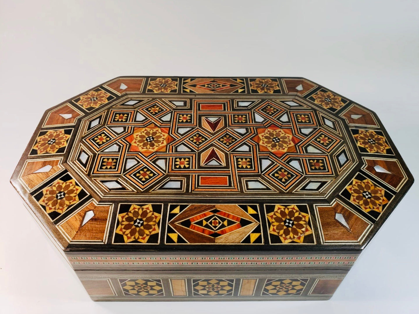 Luxurious Mother of Pearl Syrian Mosaic Box - Gift idea