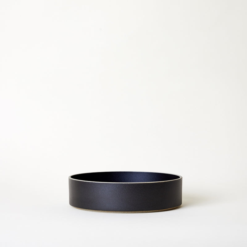 "8.6"" Ceramic Serving Bowl in Black"