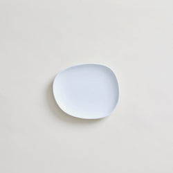 "mogutable - 7"" Ceramic Plate in White"